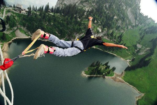 AlpinAir_Paragliding_Interlaken_BungyJumping (1)