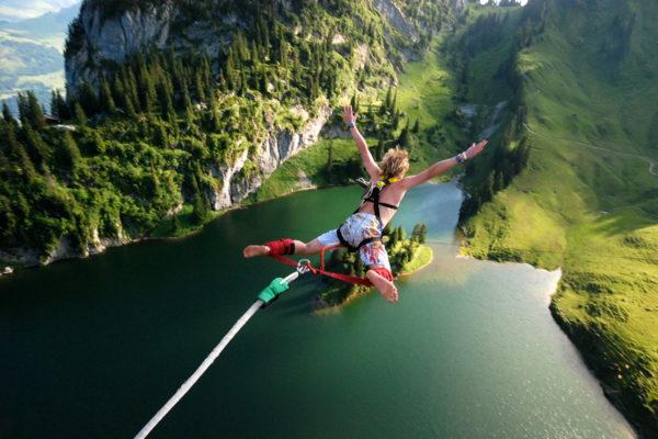 AlpinAir_Paragliding_Interlaken_BungyJumping (10)