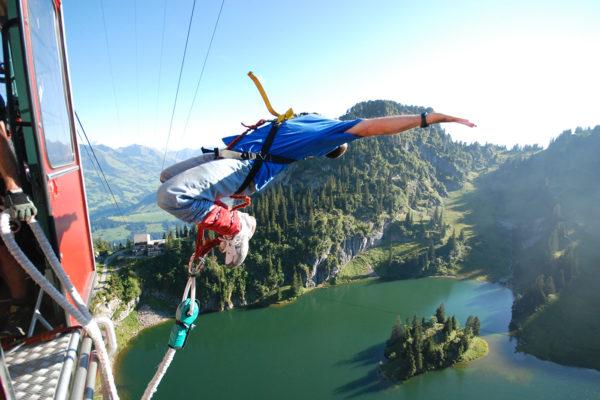 AlpinAir_Paragliding_Interlaken_BungyJumping (14)