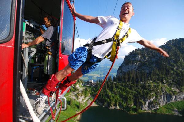 AlpinAir_Paragliding_Interlaken_BungyJumping (6)