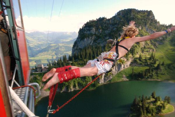 AlpinAir_Paragliding_Interlaken_BungyJumping (9)