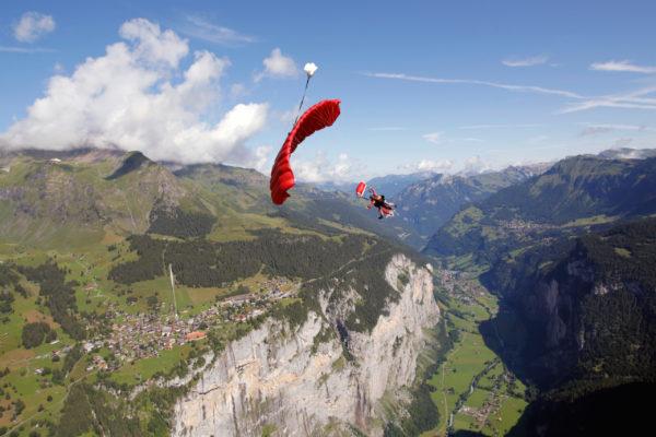 AlpinAir_Paragliding_Interlaken_Skydiving_Helicopter (6)
